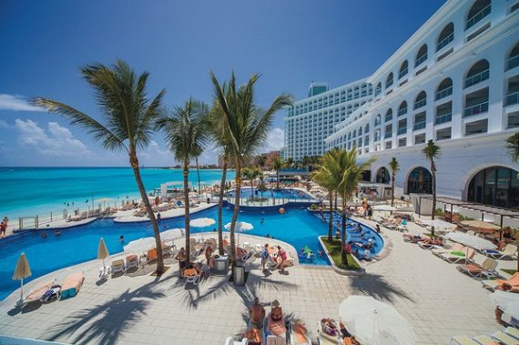 riu-cancun-pool-1cnc_14_006-web