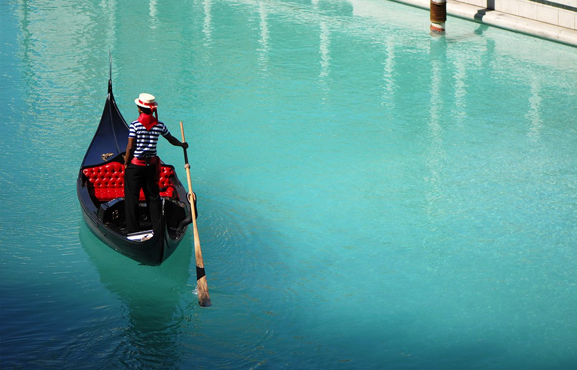 things to do in Las Vegas during the day - gondola rides